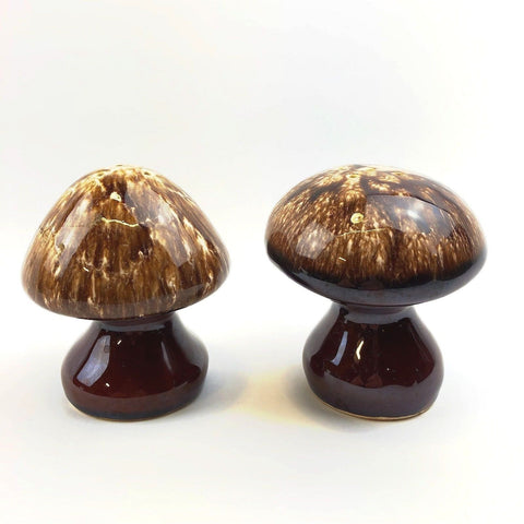 Vintage Hull USA Ceramic Brown Drip Mushroom Salt & Pepper Shakers