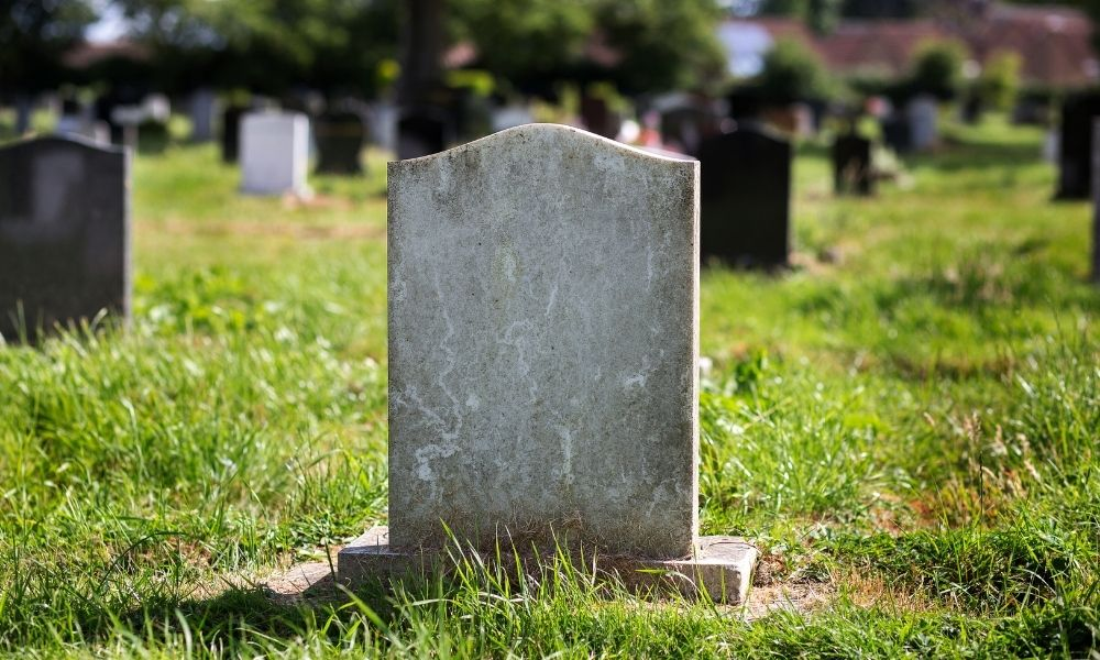 How To Add a Picture To a Headstone