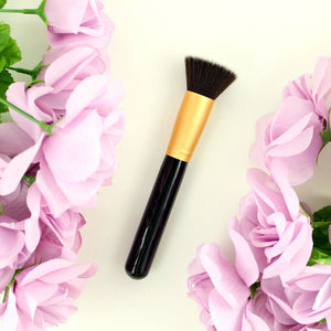 "<strong><u><font color=""#bf3a00"">FREE:</font></u></strong> The 22,000 Bristle Bestselling Kabuki Makeup Brush"
