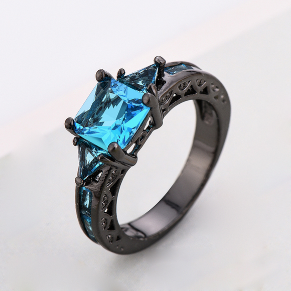 Armada's Saphire Blue Crystal Ring