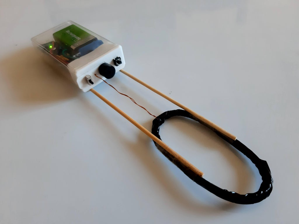 Minimal metal detector made with an Arduino and a coil of wire
