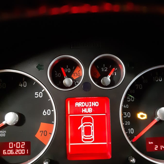 2002 Audi TT dashboard gets a digital speedometer upgrade with a custom CAN bus shield
