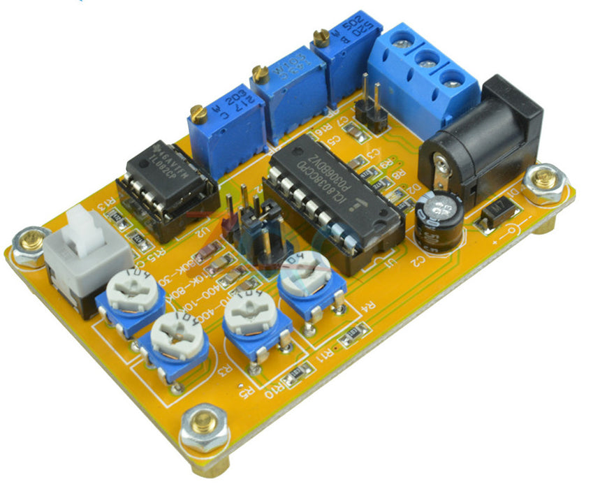 Useful ICL8038 Sine Triangle Square Wave Signal Generator Module from PMD Way with free delivery worldwide