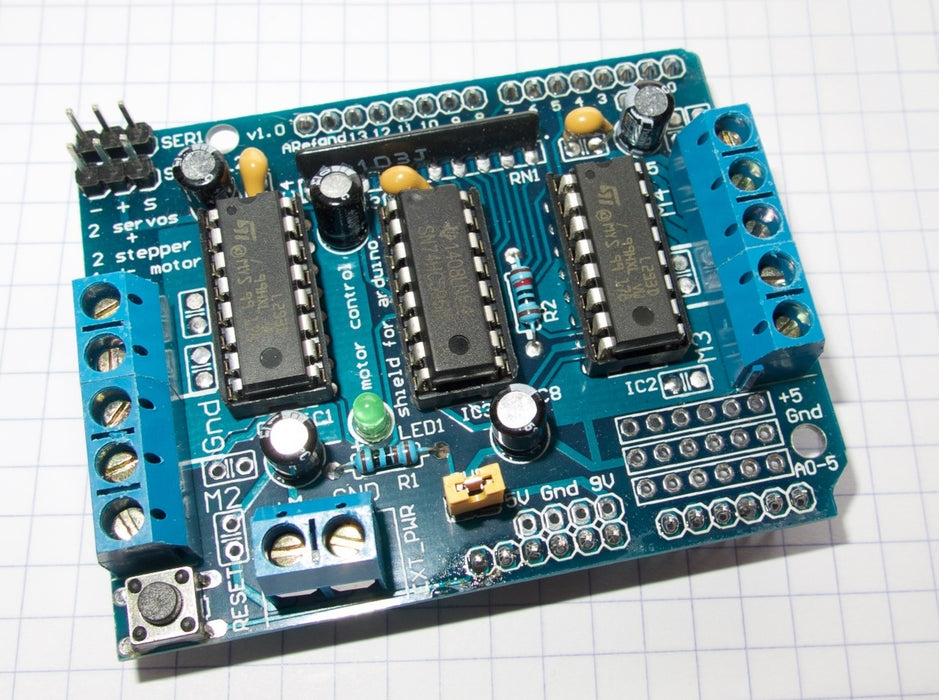 Easy DC and stepper motor control with the L293D Motor Shield for Arduino from PMD Way with free delivery, worldwide