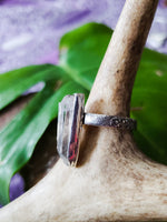 Size 7 quartz ring
