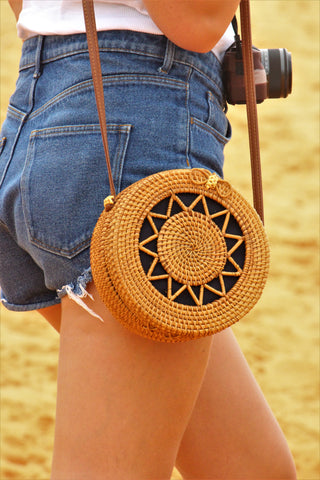 Round large straw bags blue/star