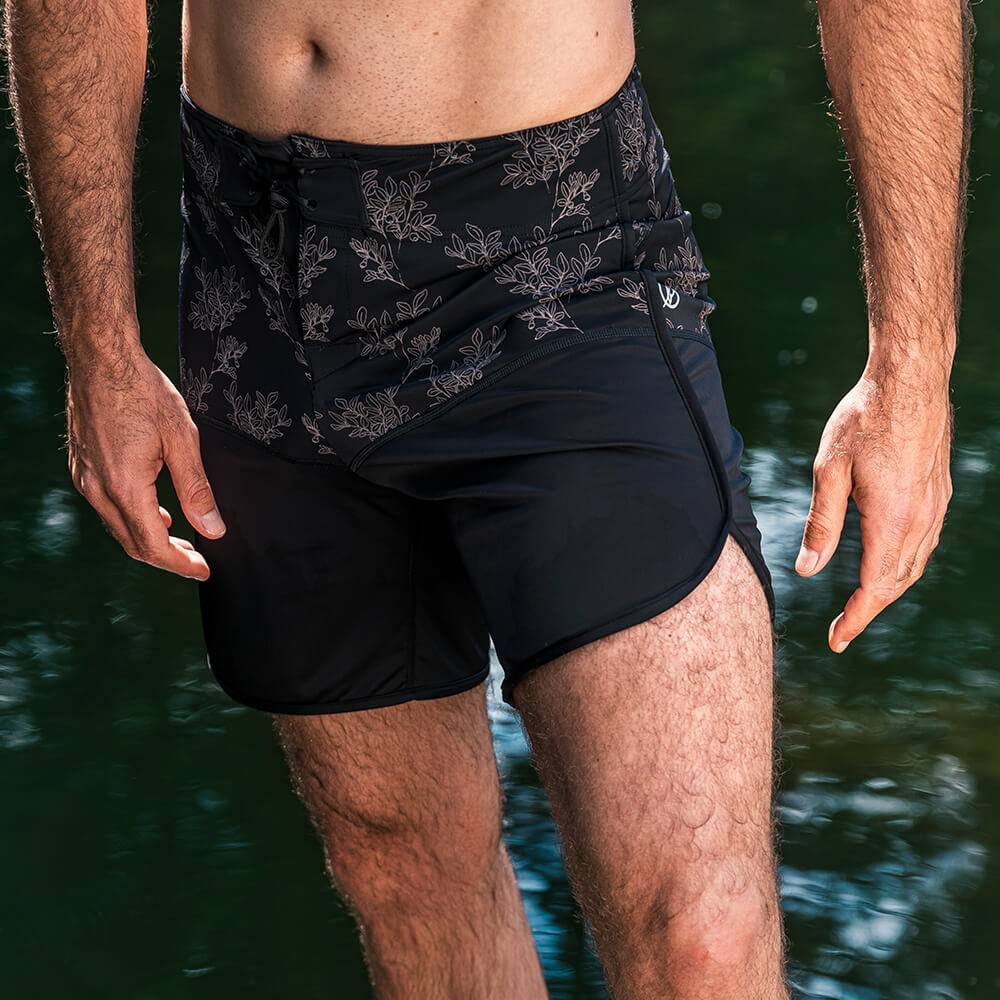Bleed - Men's Eco Retro ECONYL Boardshorts - Black