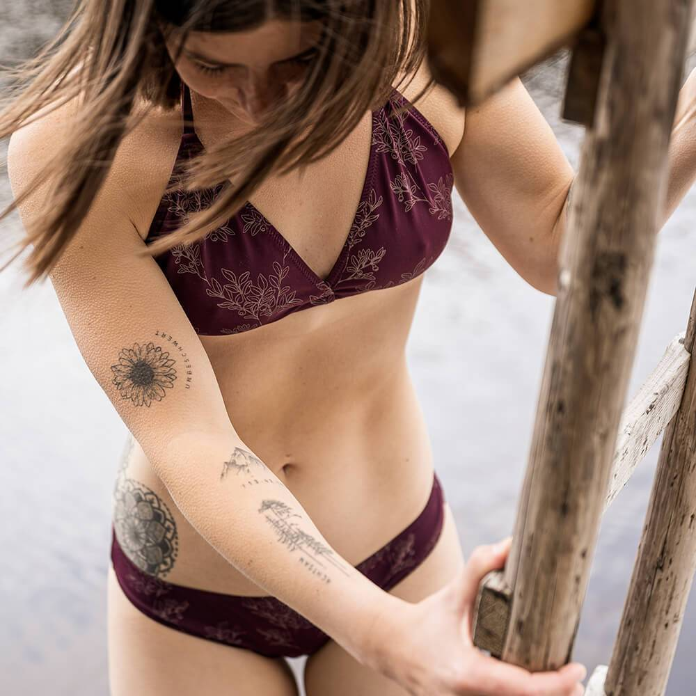 Bleed - Eco Triangle ECONYL Bikini Top Dark Purple - Bikini Top