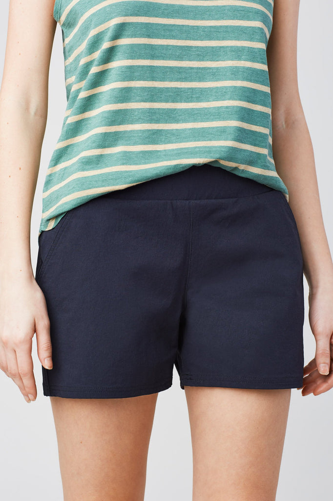 Womens Anywhere Stretch Shorts