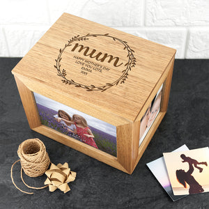 Wreath Design Oak Photo Keepsake Box
