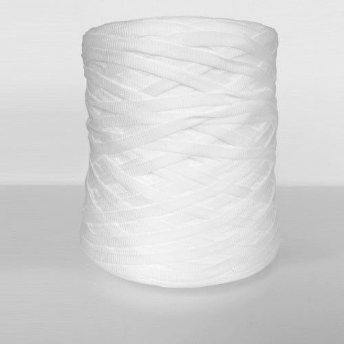 Chunky Cotton Tape Yarn : Whit