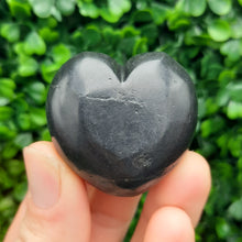 Load image into Gallery viewer, Shungite Heart