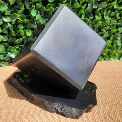 Shungite Cube On Stand - 70mm