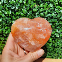 Load image into Gallery viewer, Fire Quartz Heart