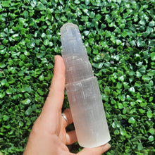 Load image into Gallery viewer, Selenite / Satin Spar Tower 15cm