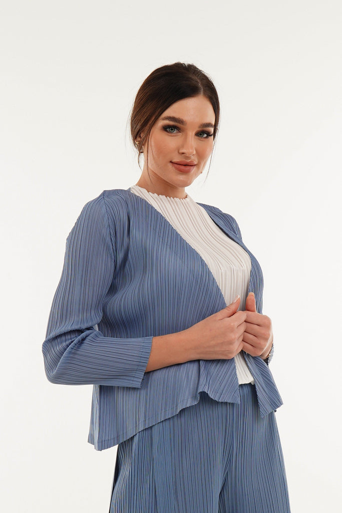 Baby Blue (00) | Pleated Dress