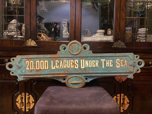 20,000 Leagues Under The Sea Prop Decor + USB Lighting - Large 3 Foot Version