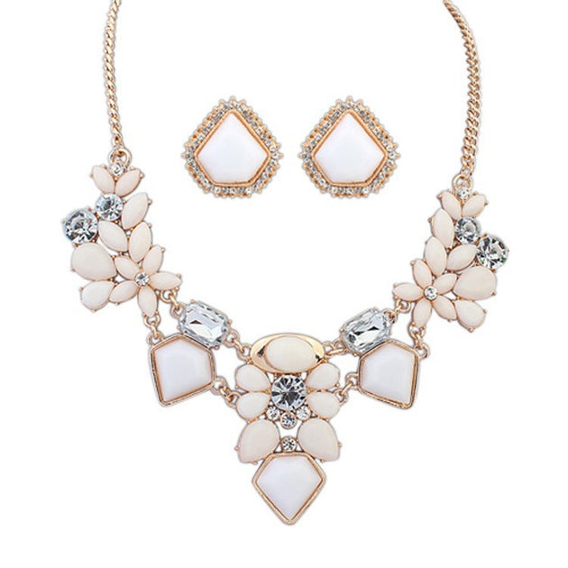 Flower Crystal Necklace Set