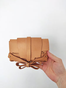 SAMPLE SALE - clutch S