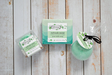 Eucalyptus Mint Scented Spa Gift Set with Goat Milk Soap, Bath Fizzy and Bubble Scoop