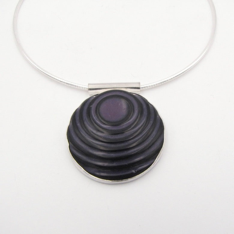 Off-center Pendant