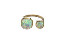 OPAL DOUBLE CABICHON RING