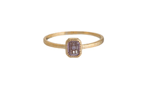 RECTANGLE VINTAGE ROMANCE RING