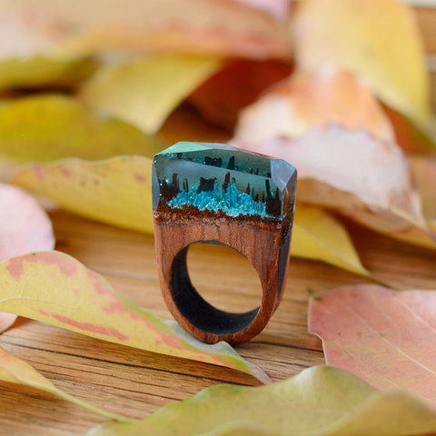 Secret wood Beautiful Ring