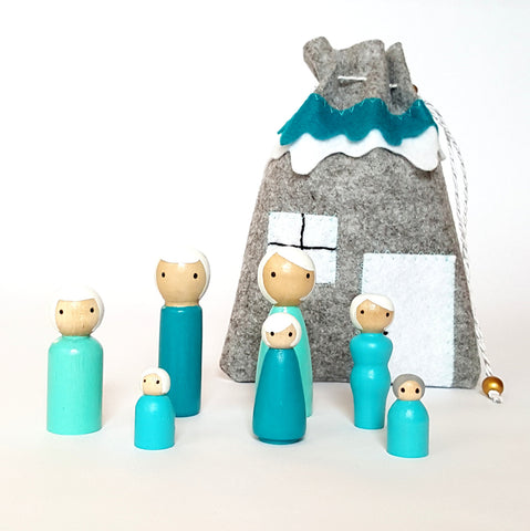 Peg doll set To Go with color matching carring / storage bag - aqua blue anf gray - pretend play - make believe - wood dolls - ready to ship