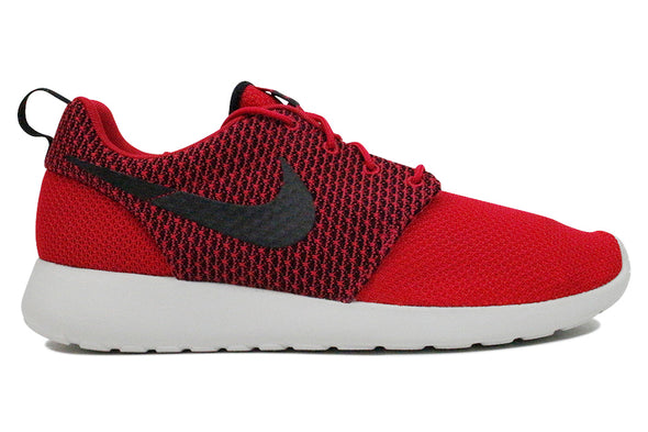 "Nike Roshe One ""Fuchsia Black/Red"""