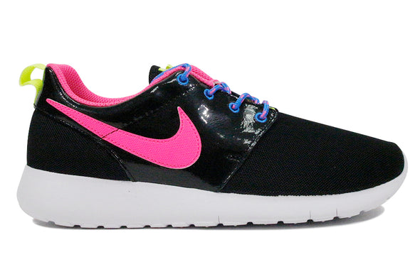 "Nike Roshe One (GS) ""Black/Pink/White"""
