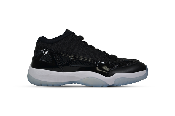 "NIKE AIR JORDAN 11 LOW IE ""Space Jam"""