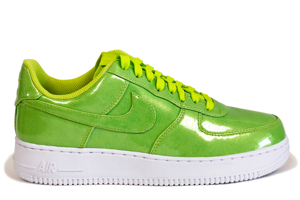 online retailer 83bff 26d90 Nike Air Force 1  07 LV8 UV