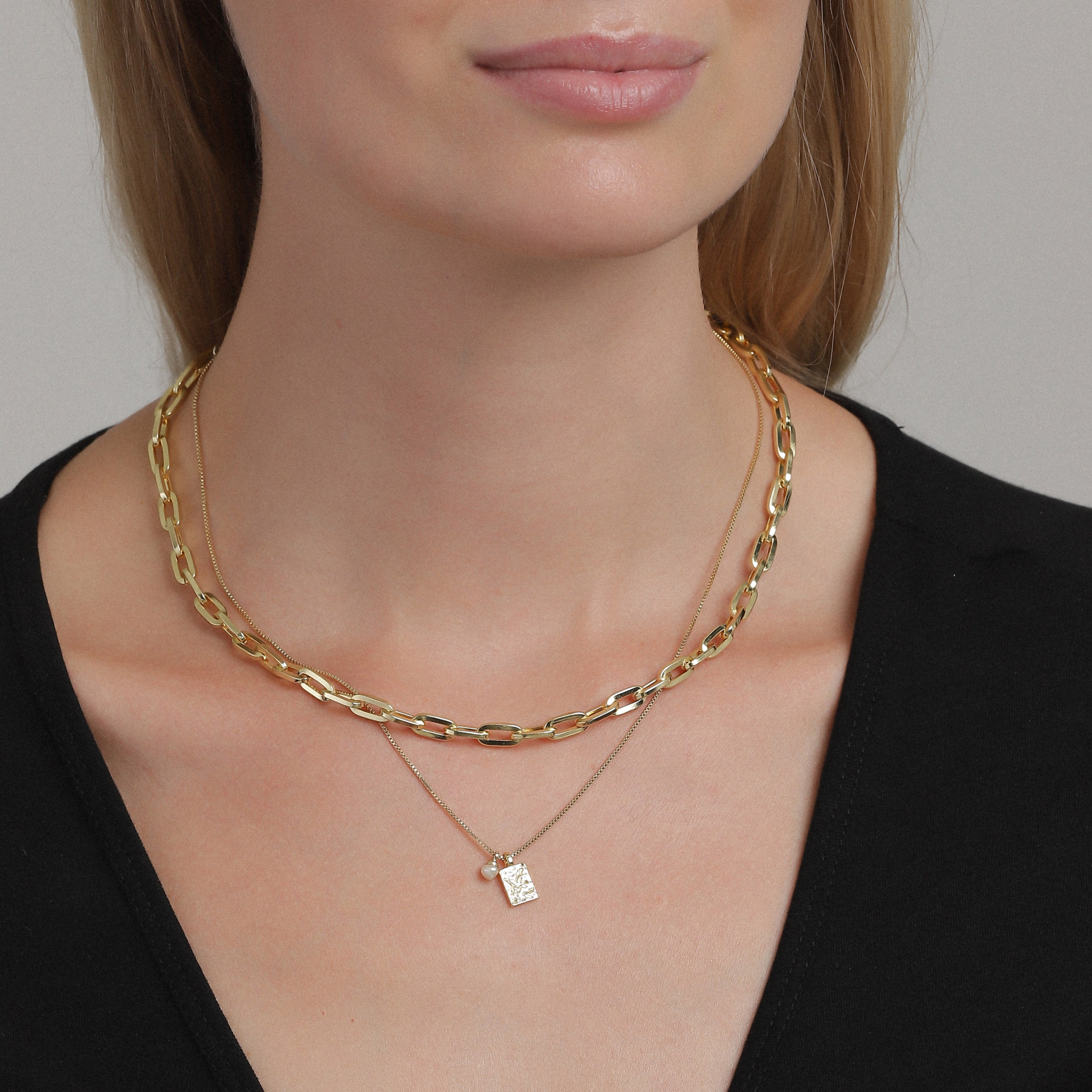 Necklace : Hana : Gold Plated : White