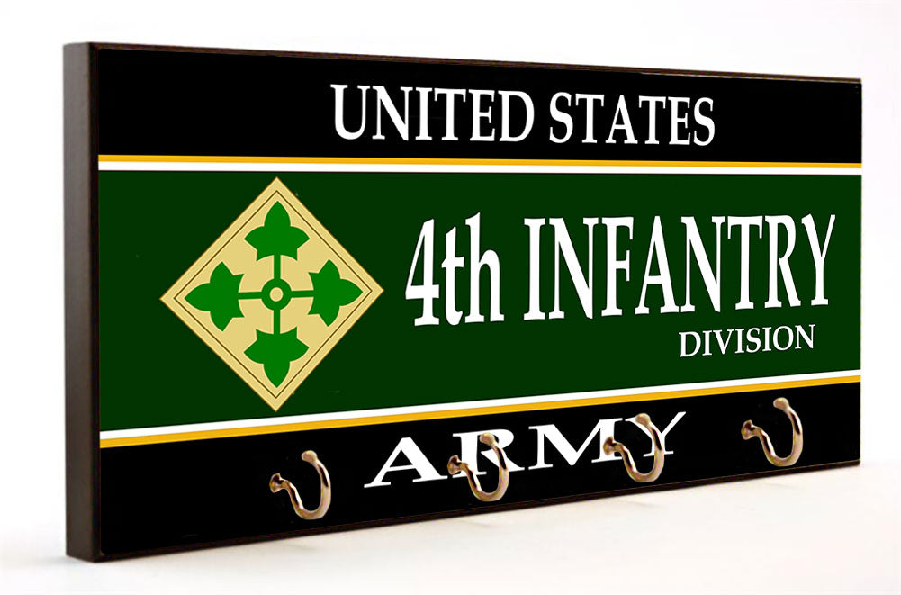 US Army Fourth Infantry Division Key Hanger