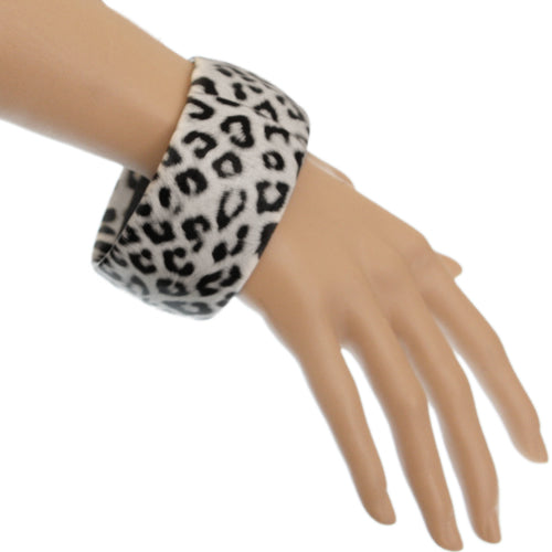 Black White Large Cheetah Print Bangle Bracelet