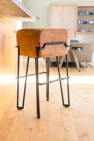 Puik bar stool
