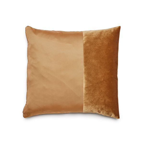 Gold Duo Cushion by ONTWERPDUO showing two tone velvet and satin fabrics.