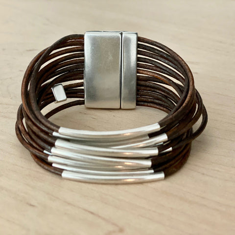 "QOSS ""FEMKE"" - BRACELET - BROWN"