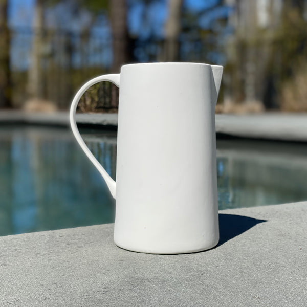 JUG - CERAMIC WHITE