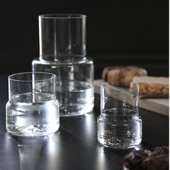 HAND-BLOWN GLASS DECANTER - LINJE