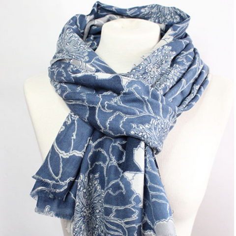 "100%  CASHMERE WOOL SCARF - ""THE FLOWER""  IN WHITE AND BLUE - Uniek Living"