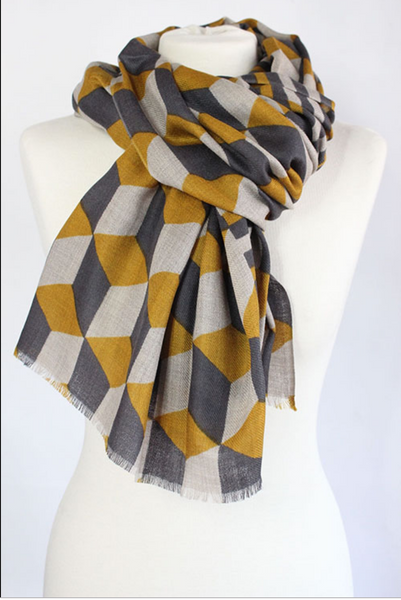 The Block 100% Cashmere Scarf in curry by Sjaelz & More.