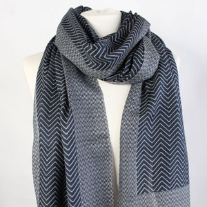 "100% WOOL SCARF - ""FISHBONE"" - NAVY - Uniek Living"