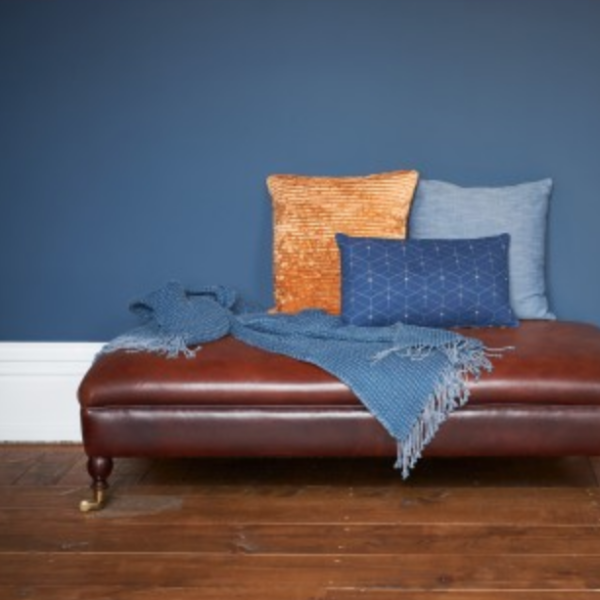 ROY THROW - BLUE - Uniek Living