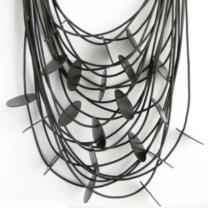NECKLACE 21 STRINGS BLACK