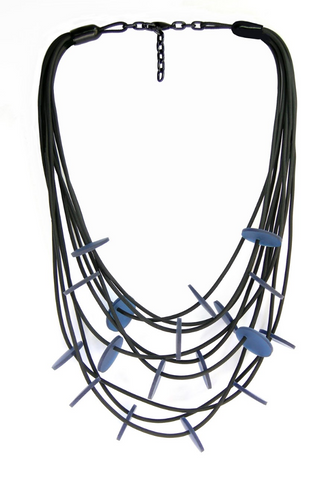 NECKLACE WITH 9 STRINGS AND ROUNDS