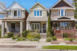 58 Aldwych Ave' Toronto' Ontario M4J1X2 <br>MLS® Number: E4455757<br>For Sale: $999'000<br>Bedrooms: 3