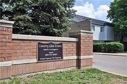 70 Springfair Ave E' Aurora' Ontario L4G3M2 <br>MLS® Number: N4449732<br>For Sale: $359'000<br>Bedrooms: 3