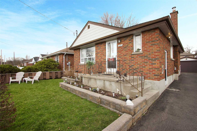316 Lasalle Ave&sbquo; Oshawa&sbquo; Ontario L1H5Y6 <br>MLS® Number: E4455885<br>For Sale: $479&sbquo;900<br>Bedrooms: 2